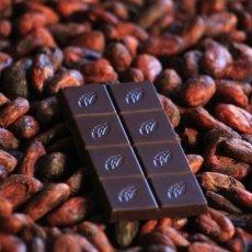 Las Trincheras dark chocolate 72