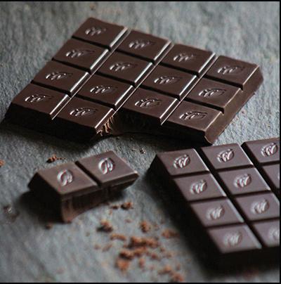 Willie's Cacao Sambirano 71% single estate dark chocolate bar. 100% natural and Vegan